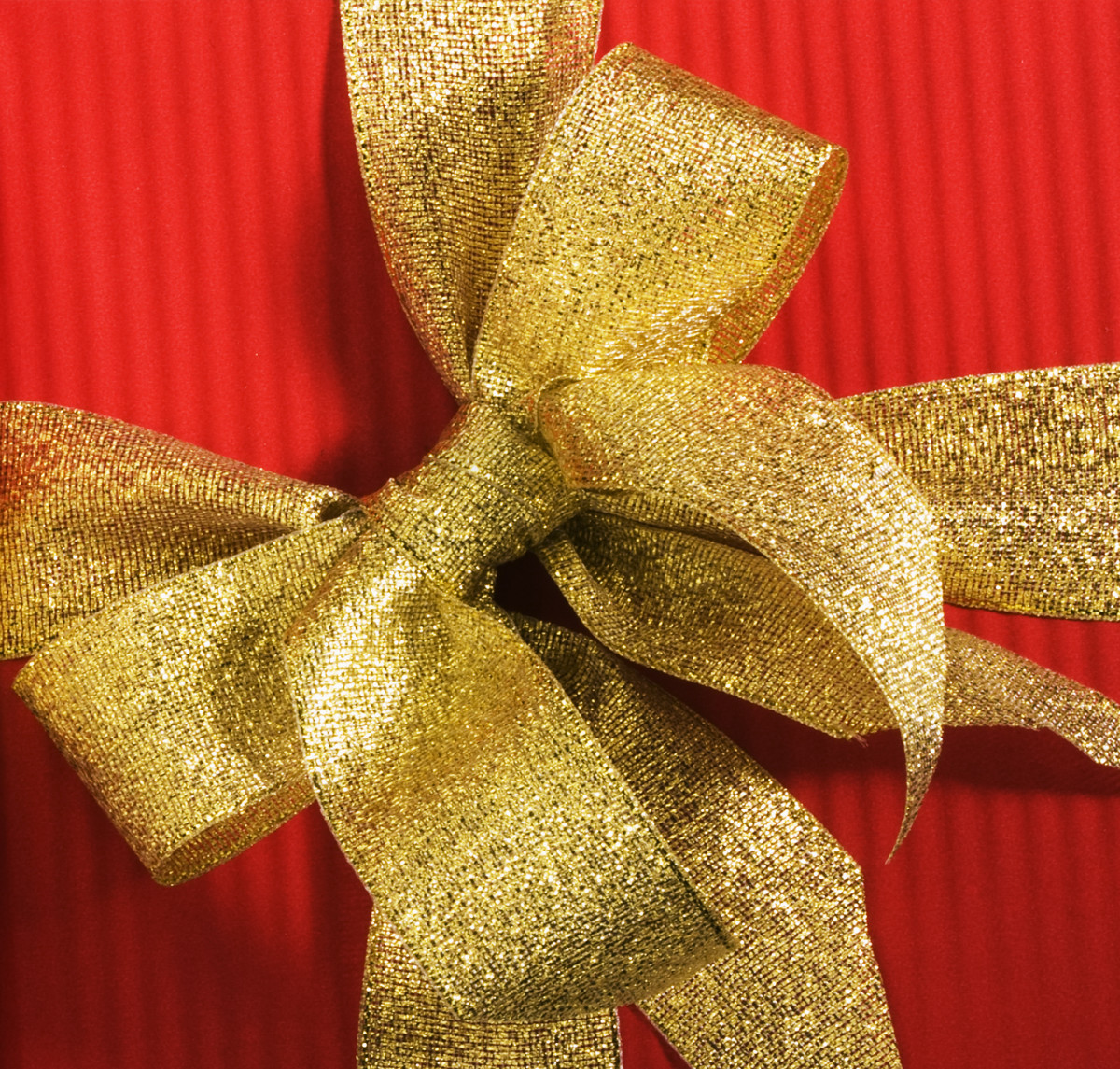 Since you may not know your coworker as well as you know your best friend, try to choose a gift that anyone would appreciate, regardless of their lifestyle.