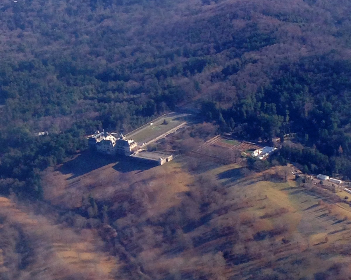 While flying into Asheville, I was able to spot Biltmore Estate.  Funny how small it looks!