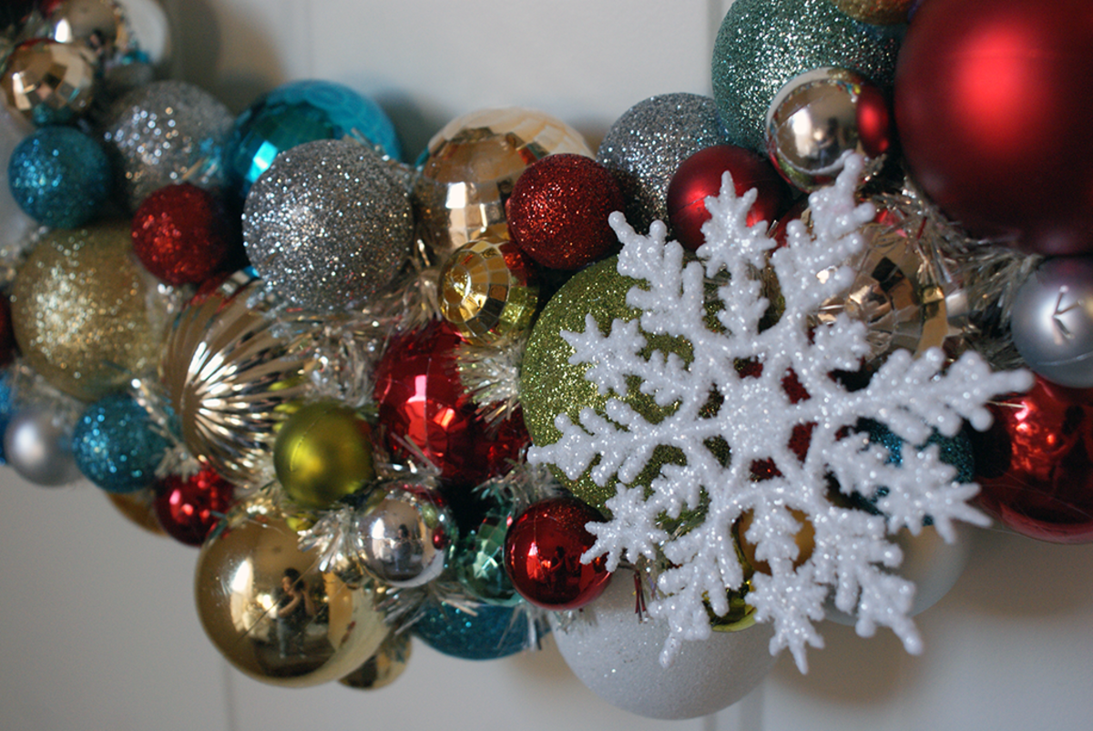 How to Make Homemade Wreaths