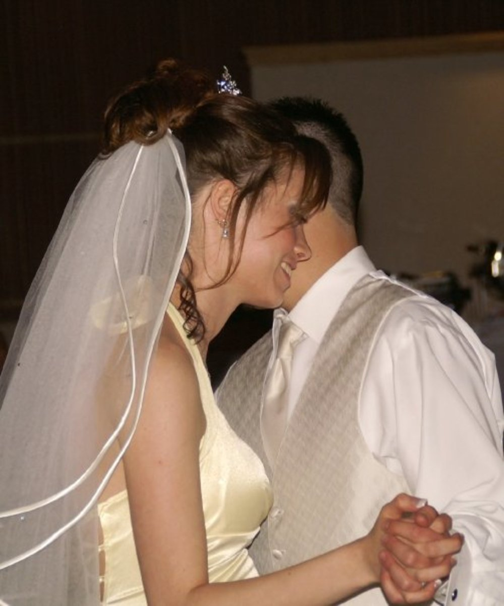 Best Christian Music for Your Wedding Ceremony & Reception   Holidappy