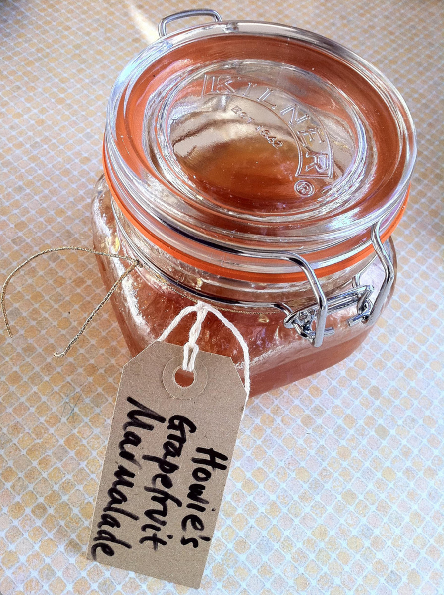 Homemade jams, jellies and marmalade make excellent gifts!