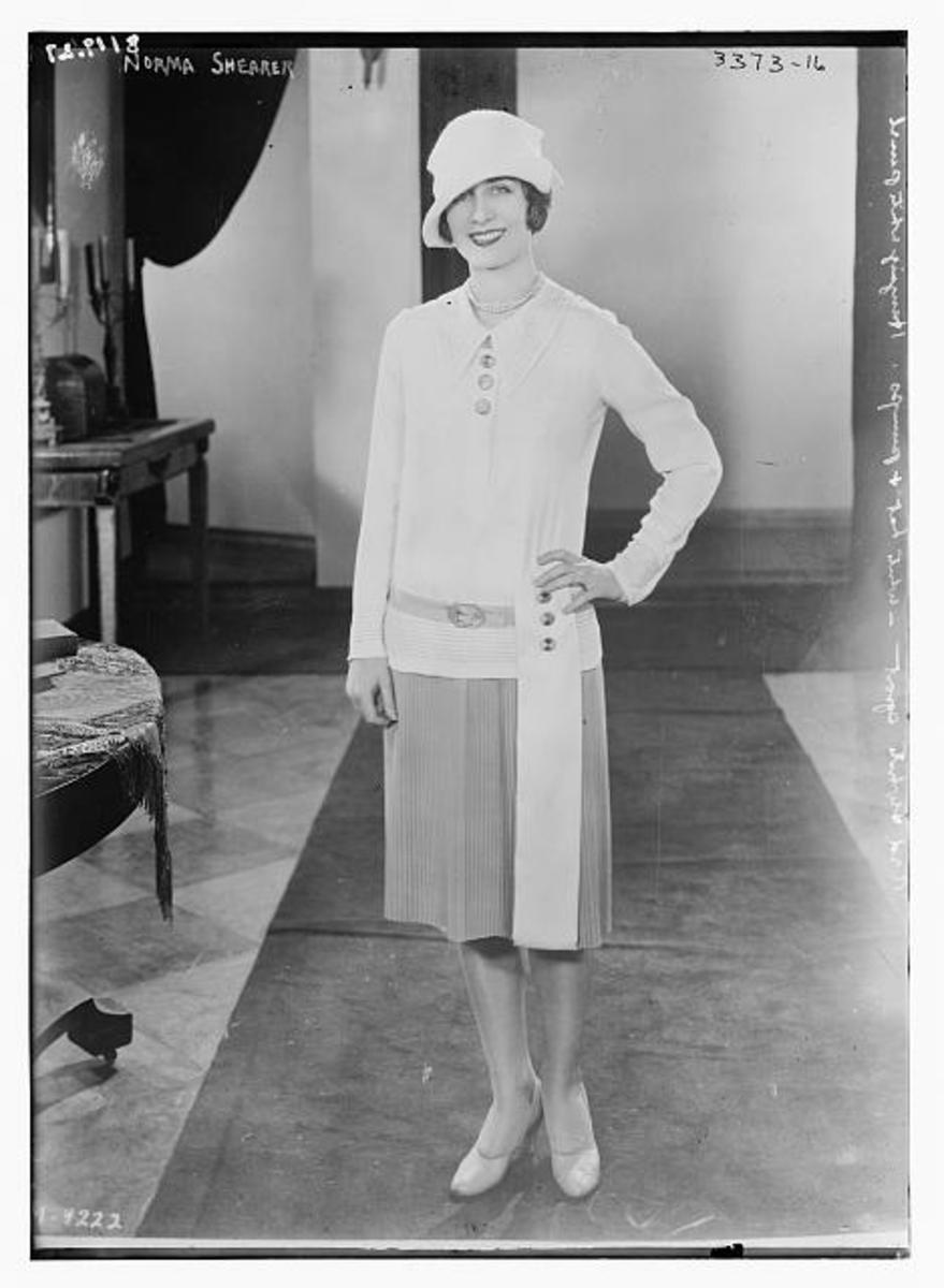 Norma Shearer, 1927 by Bain News Service. Library of Congress digital ID: ggbain.18348.