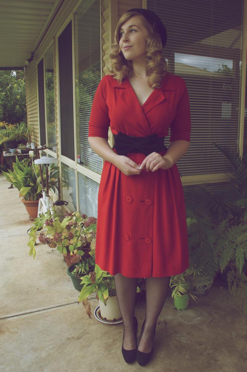 1940s red linen dress.