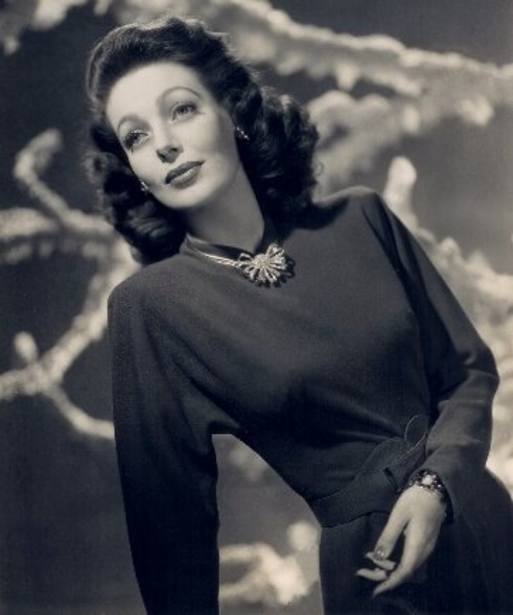 Loretta Young, studio portrait (public domain).
