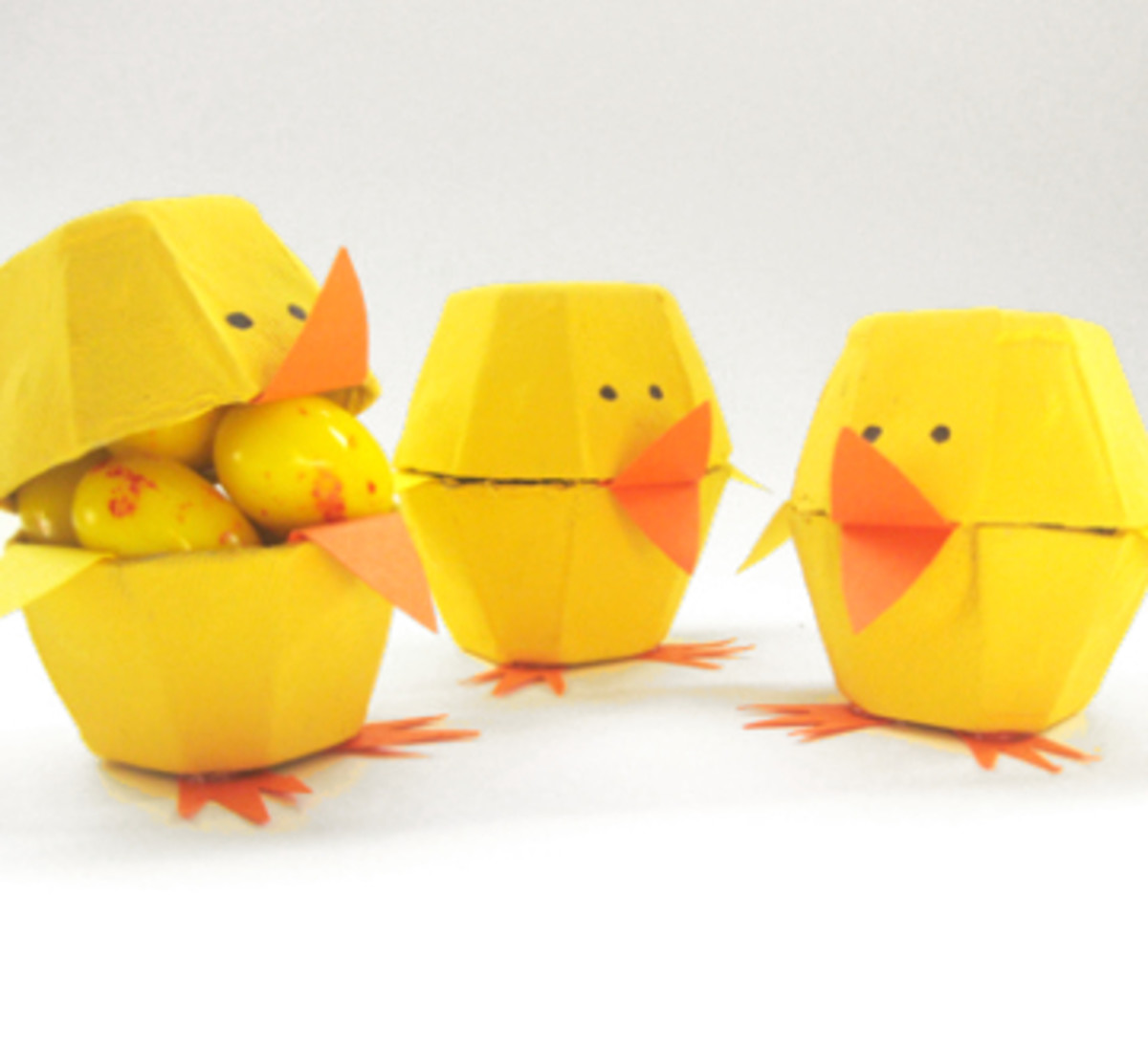 These Easter egg carton chicks are just adorable!