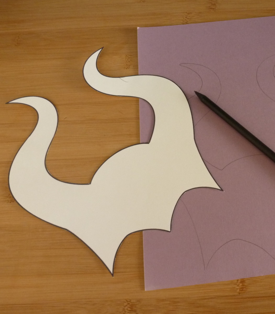 Maleficent horns DIY template free design to make for Halloween and parties
