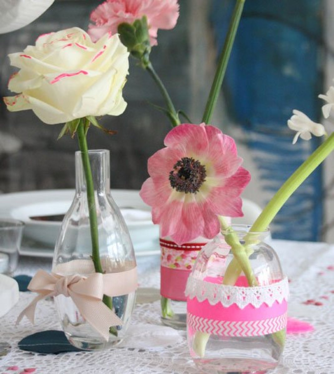 DIY Wedding Table Decoration Ideas | Neon Bright Tablescape