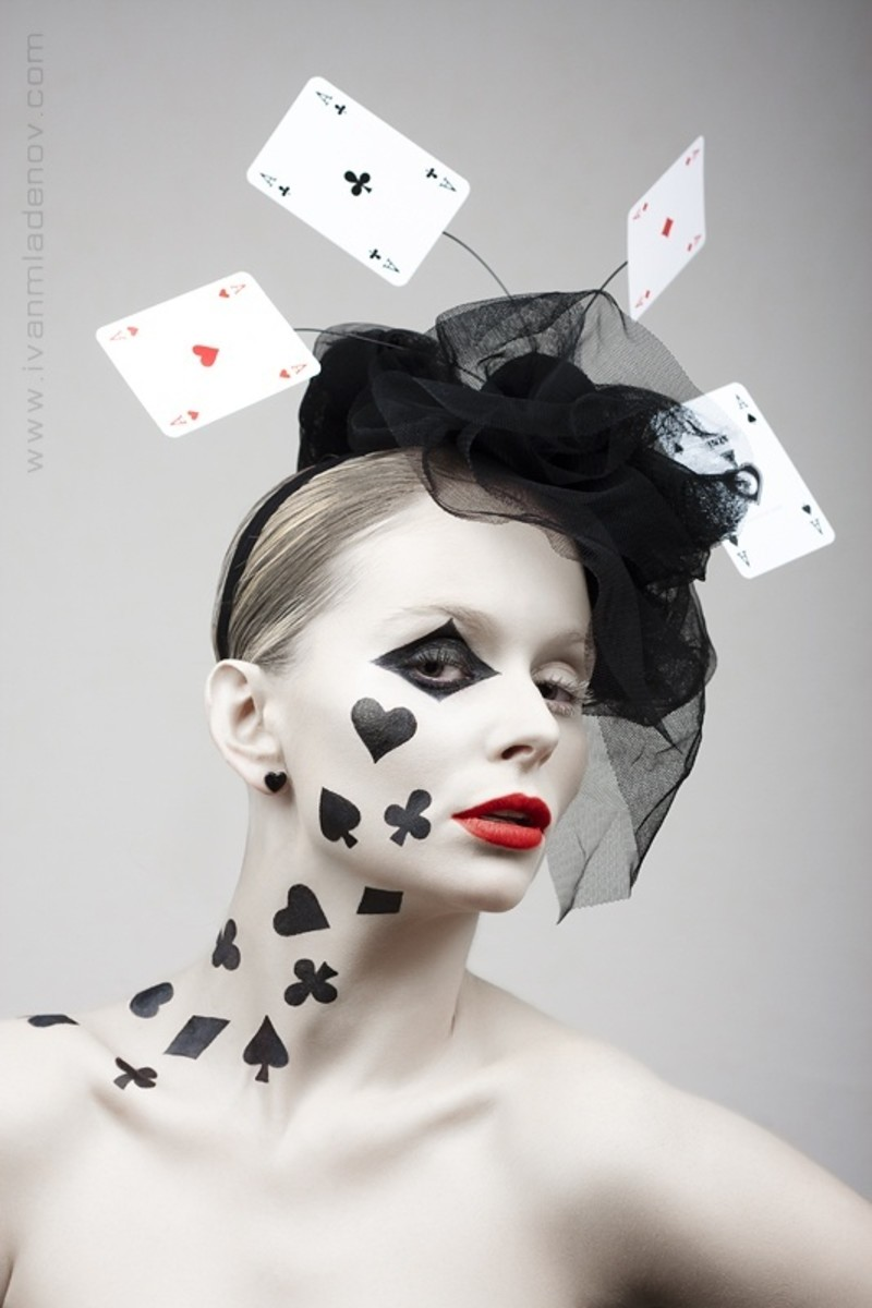 Poker Girl | DIY Halloween Costume Ideas