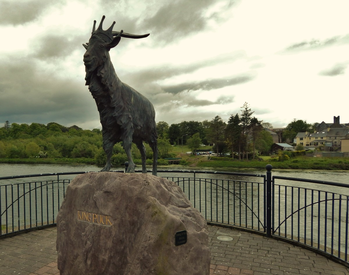 Statue of King Puck on the banks of the River Laune