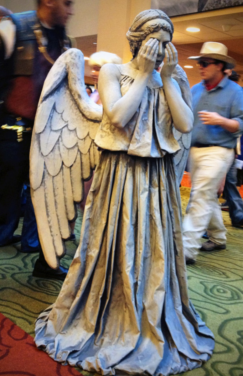 Dr. Who Weeping Angel Costume