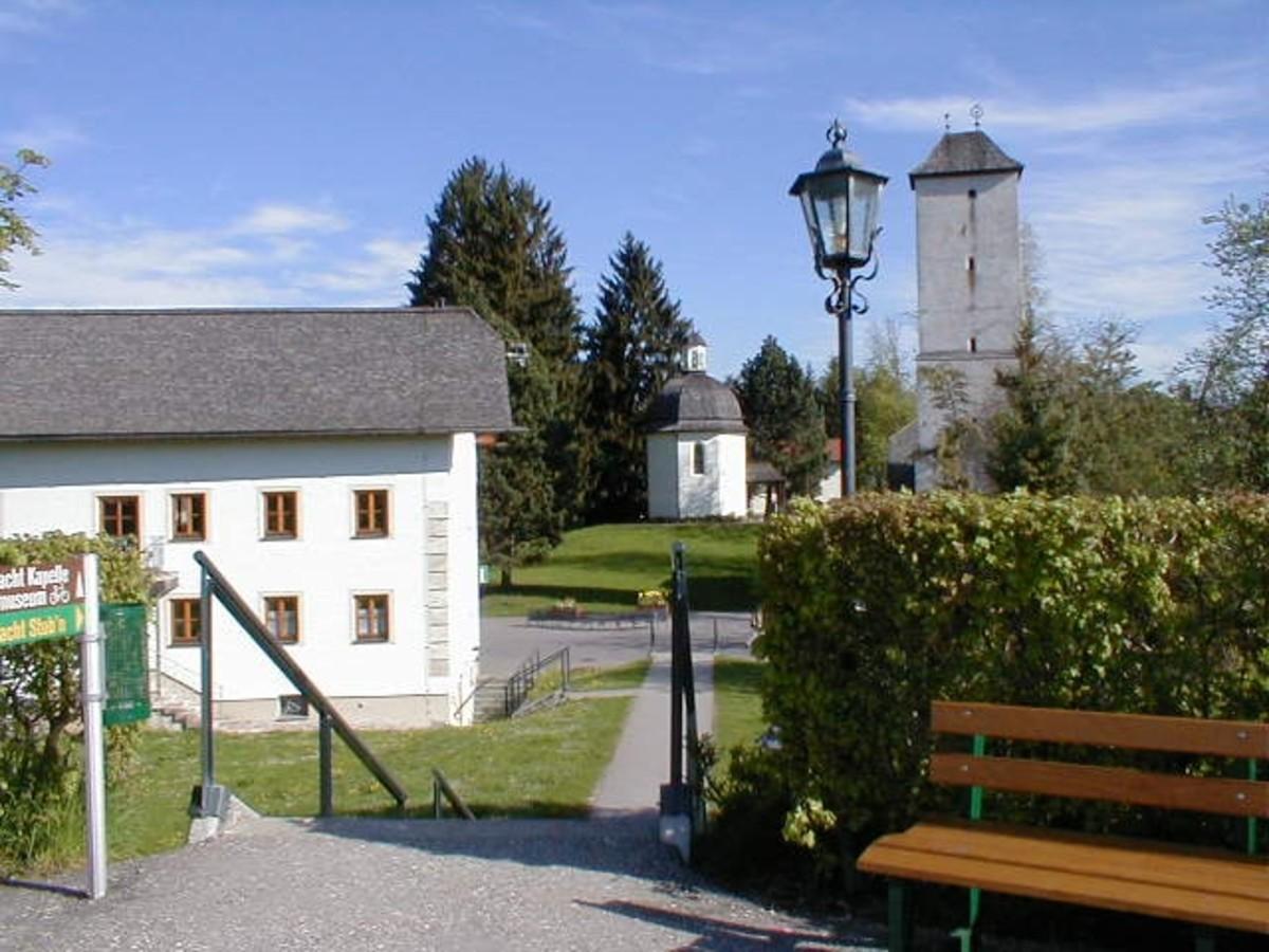 The Silent Night Museum (left) and Chapel at Stille-Nacht Platz in Oberndorf, Austria