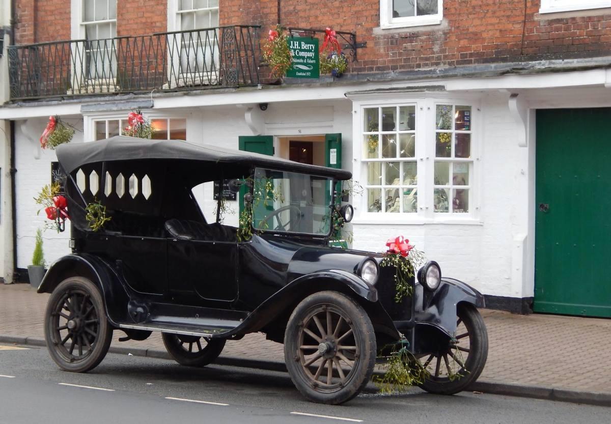 Vintage car at the Tenbury Mistletoe Festival.