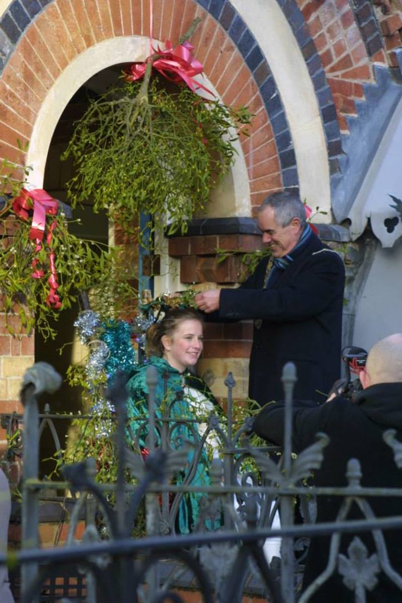 The Mayor crowns the Mistletoe Queen, during the 2014 event.