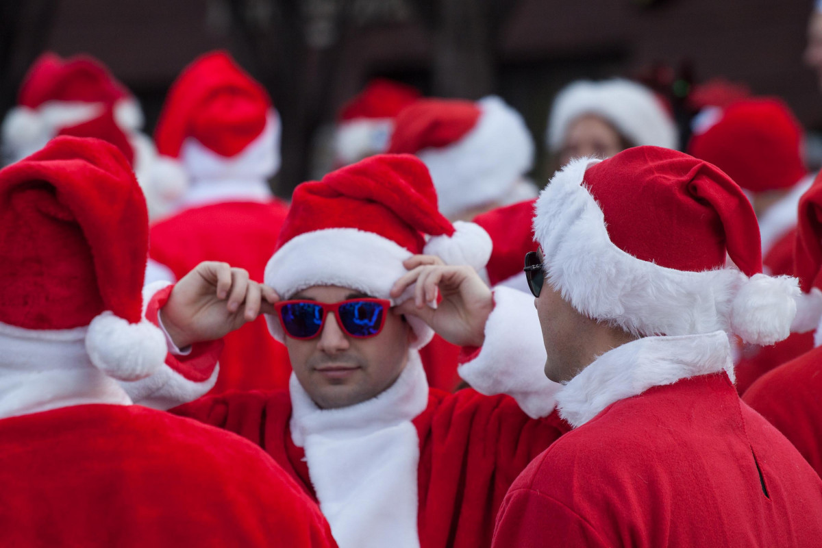 When you're as popular as Santa, there are so many wannabes.