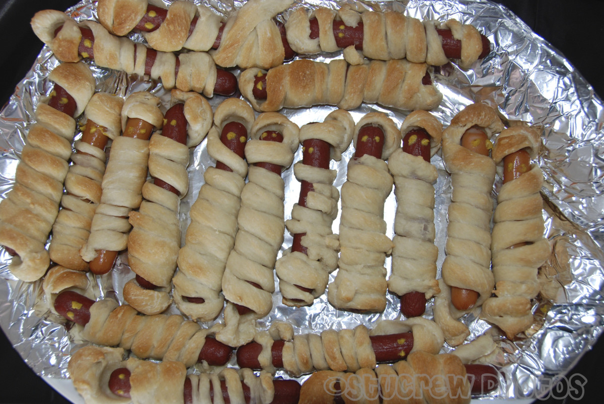 Mummy hot dogs are a must for any Halloween gathering. You will not have any leftovers.