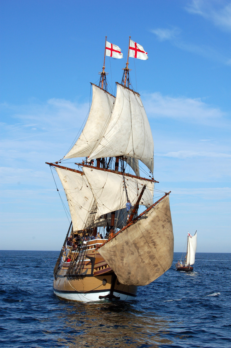 The Mayflower II is an exact replica of the original Mayflower, constructed between 1955 and 1957 in Devon, England.
