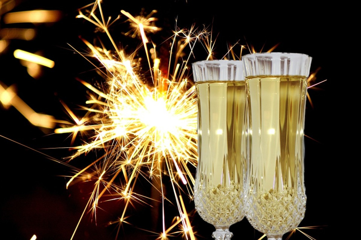 Precisely at midnight, people toast with champagne and make wishes for the upcoming year.