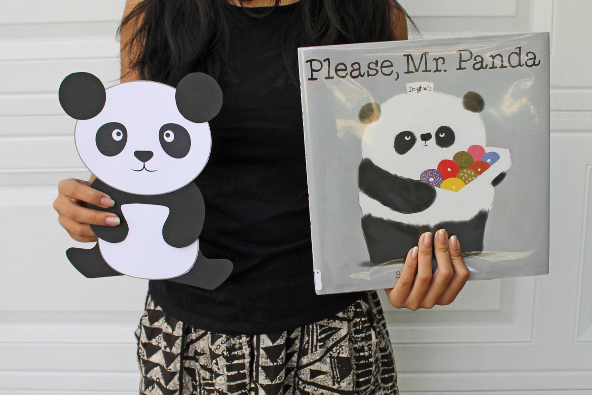 This site has a link to the template for this cute panda and the book that inspired it. Kid Crafts for Chinese New Year
