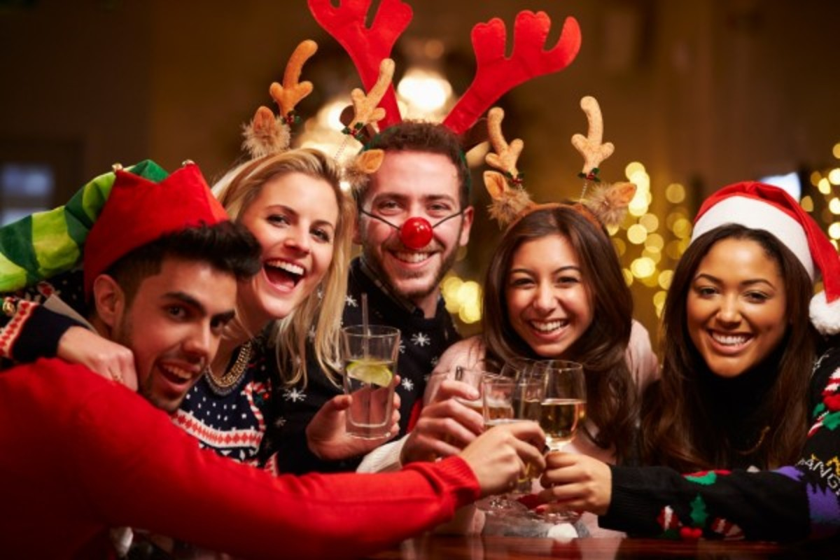 A Christmas Party.Tips For Throwing A Fun Christmas Party Holidappy