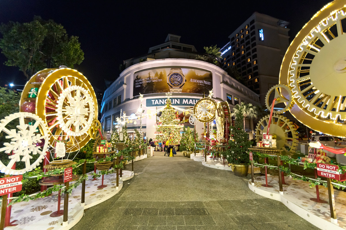 Tanglin Mall, at the start of the Orchard Road shopping stretch, is famous locally for its elaborate facade displays and man-made snow-falls.