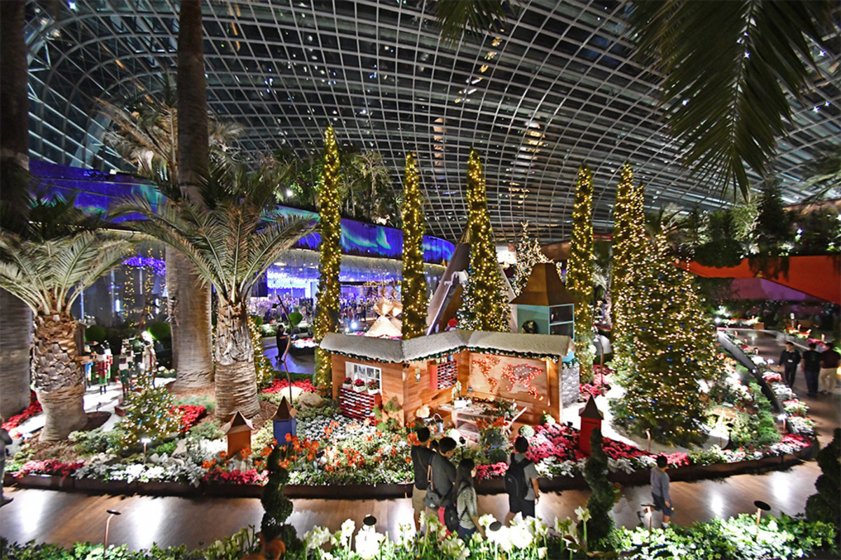 A poinsettia-themed flower display within the Flower Dome of Gardens by the Bay in 2017.