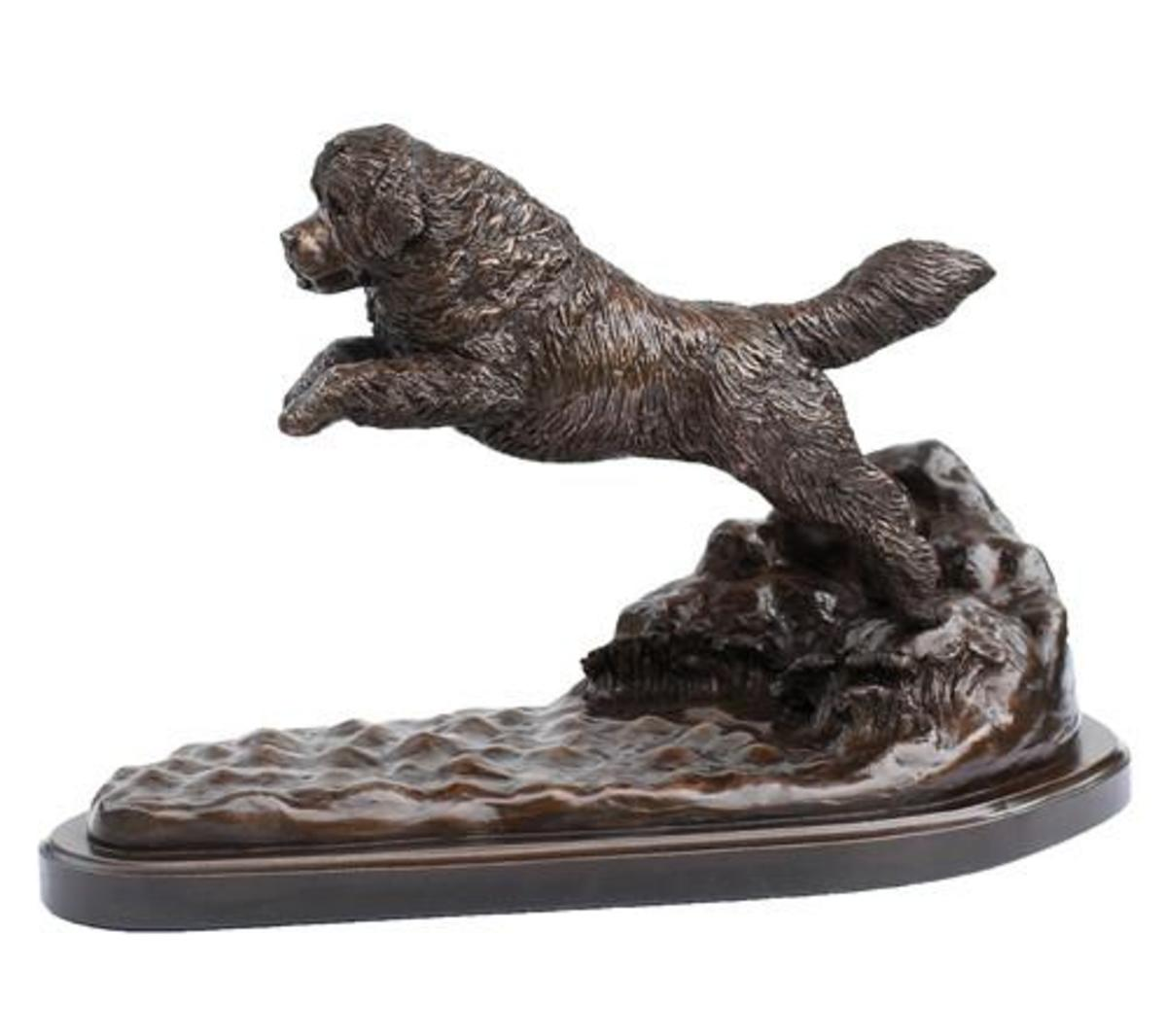 Launch - A limited edition statue of a Newfoundland dog