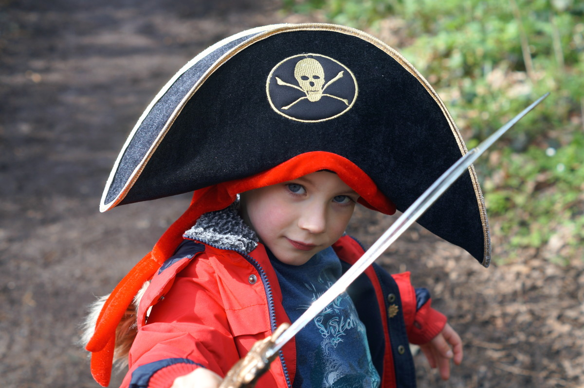 Make an ordinary pool party extraordinary by incorporating a pirate theme.