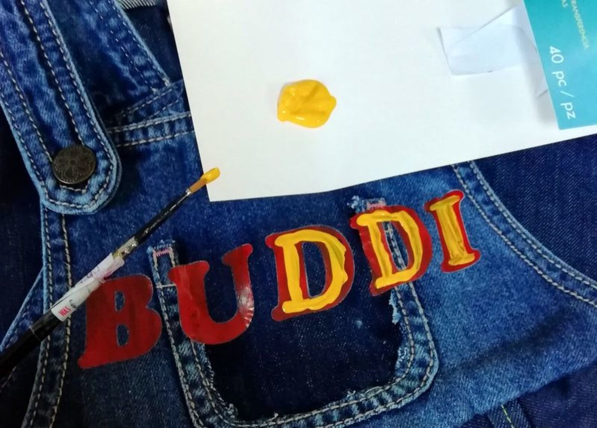 How to Add the Letters 'Buddi'