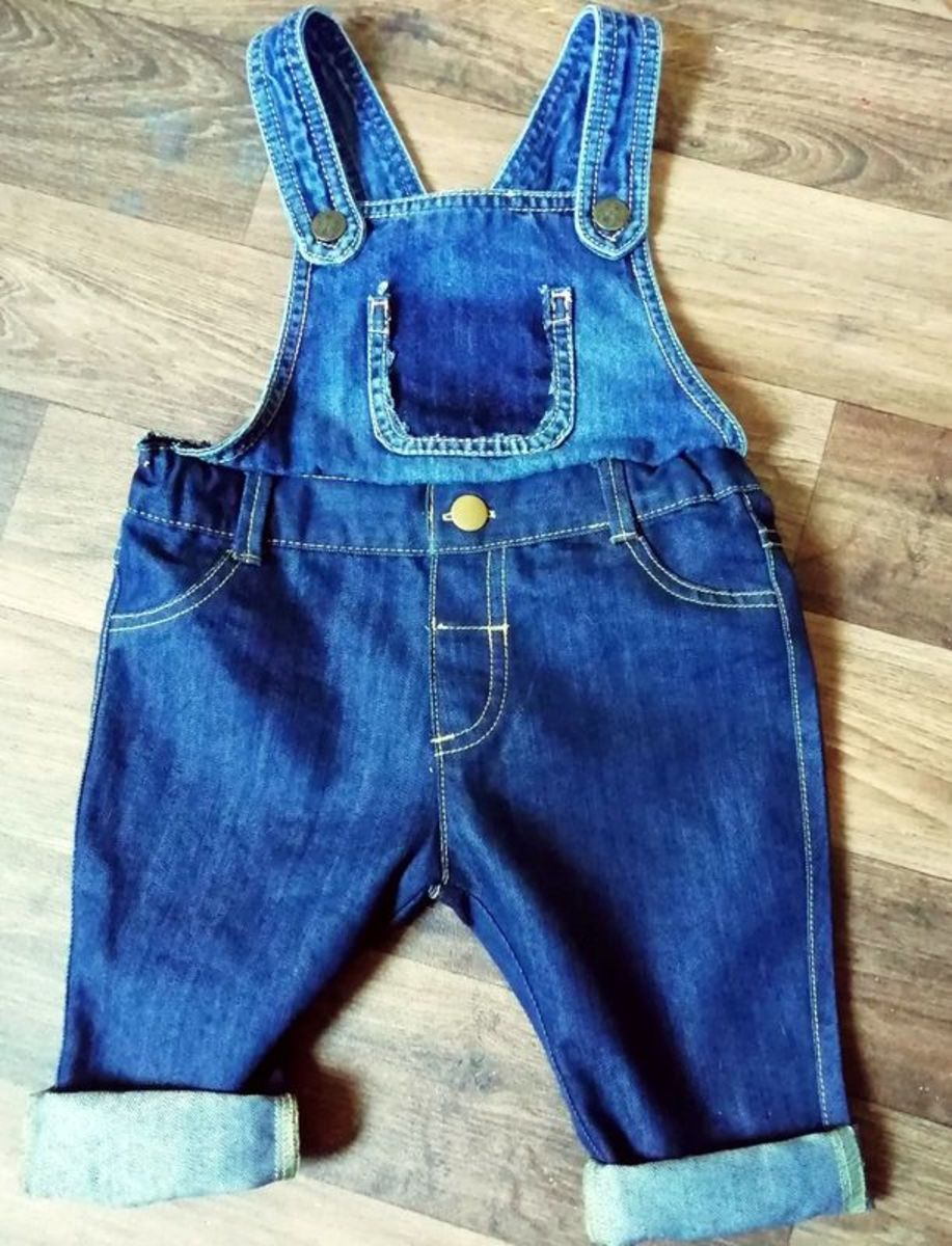 A pair of dungarees for the doll