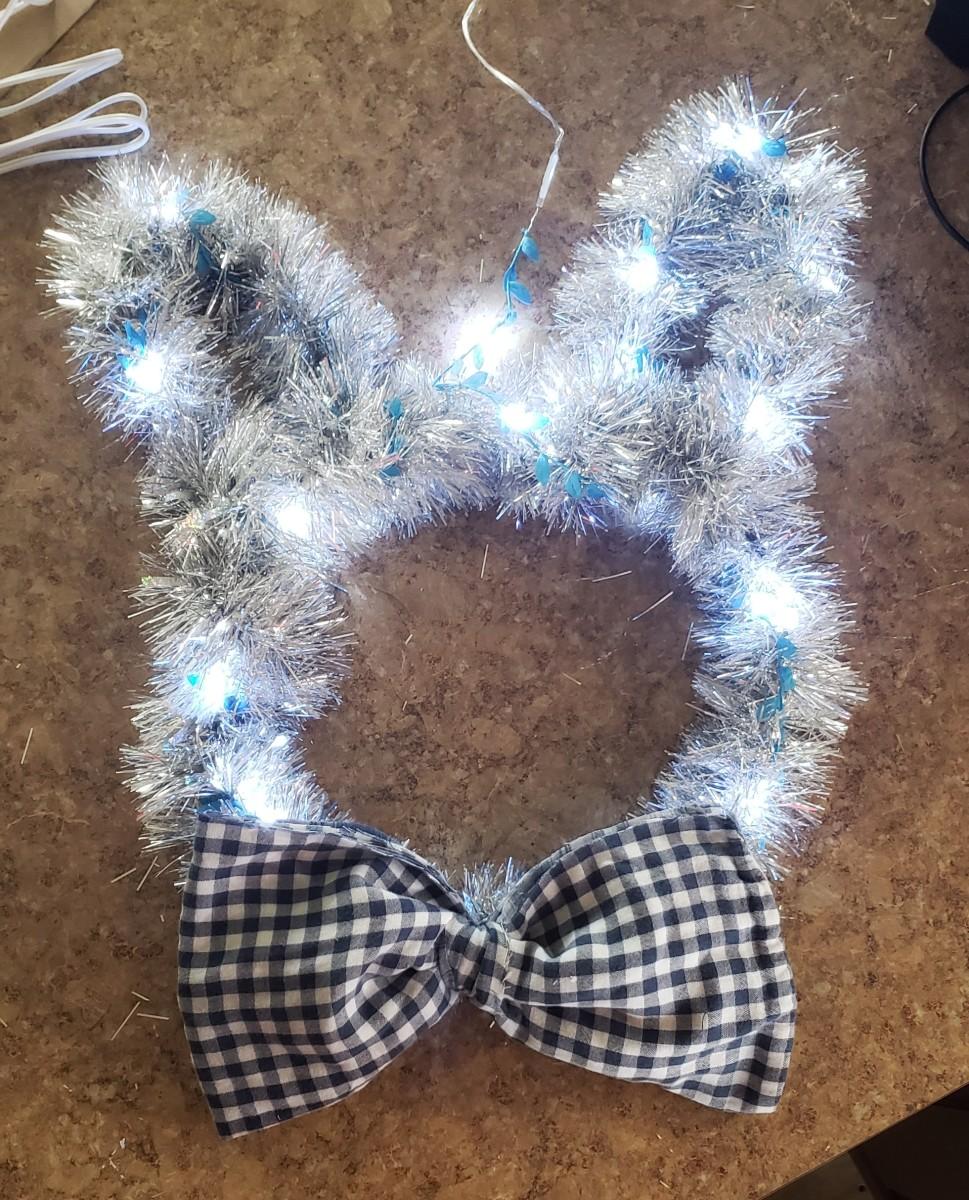 Fluffy bunny wreath.
