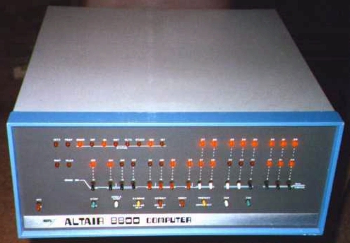 Functional Altair 8800 running