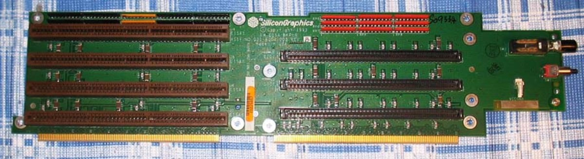 The EISA Bus Slots (on the left) Where EISA Cards Were Connected