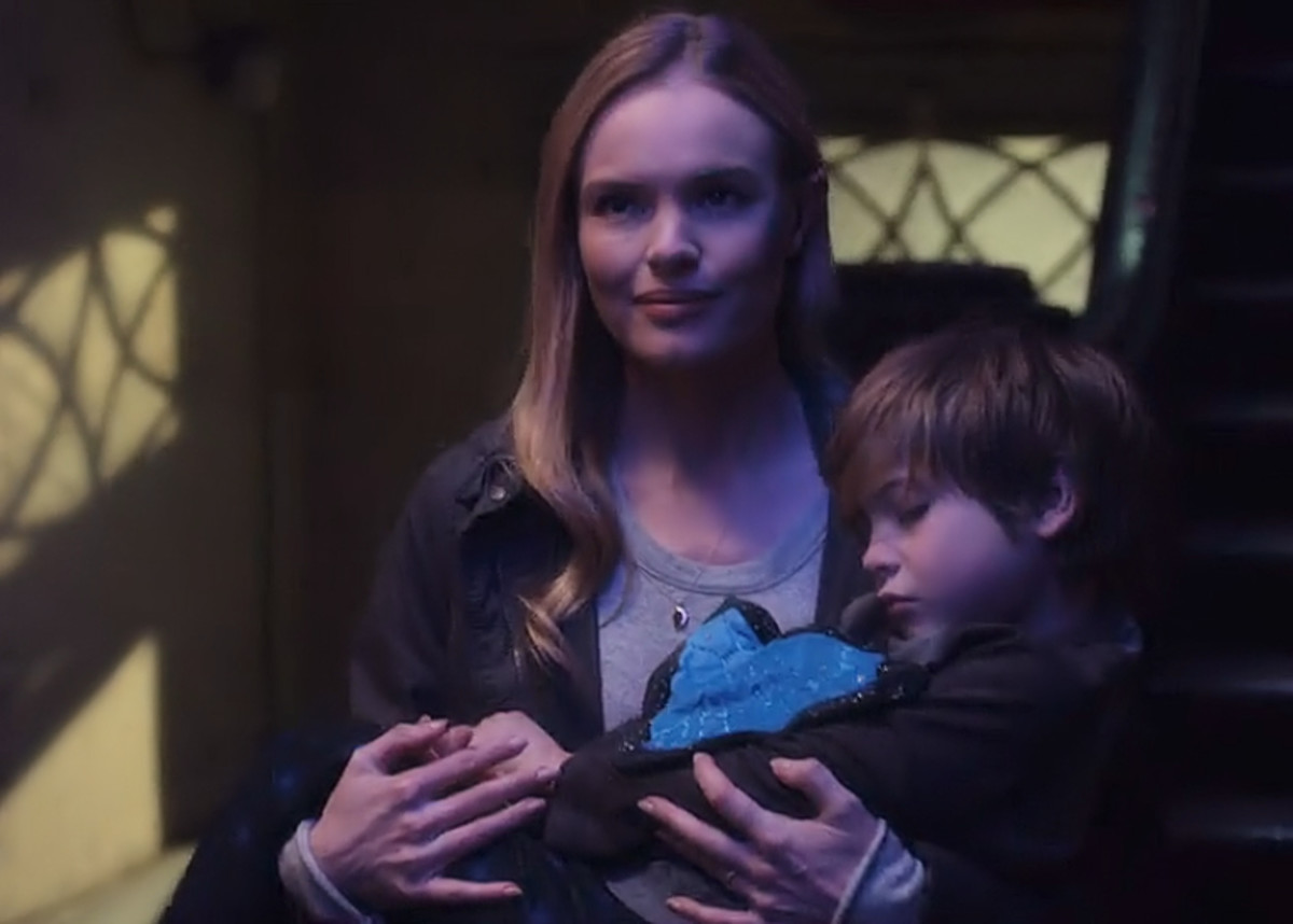 Kate Bosworth and Jacob Tremblay in 'Before I Wake' (2016) on Netflix.