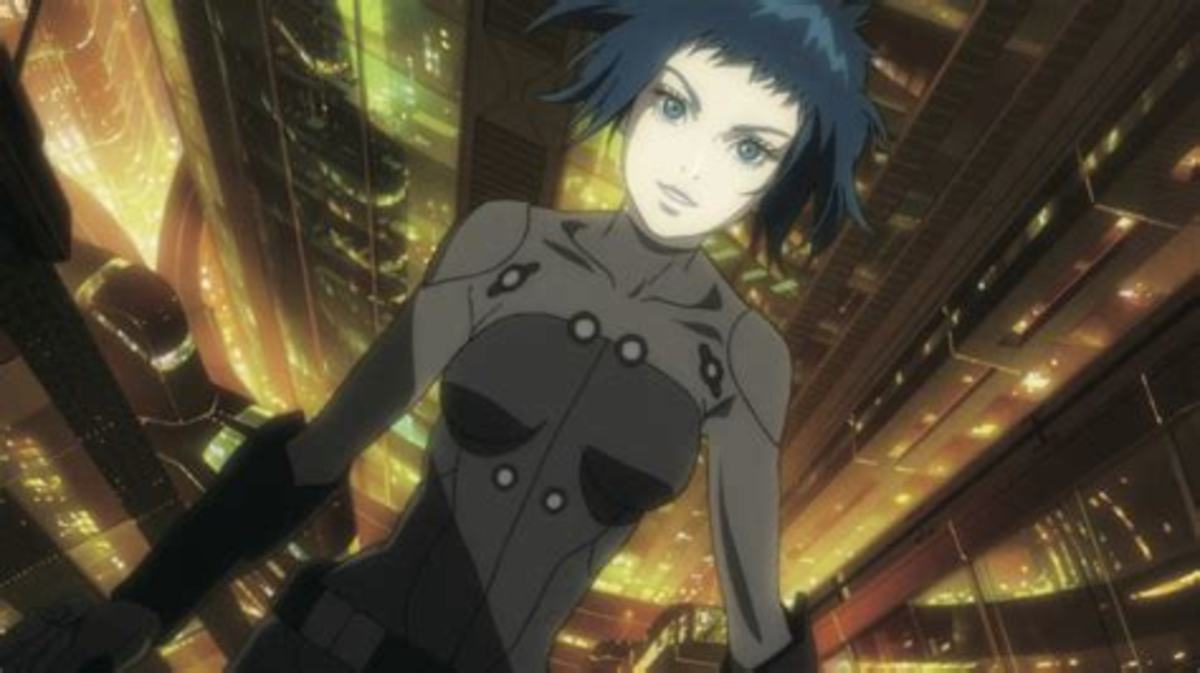 Motoko doing her iconic jump.