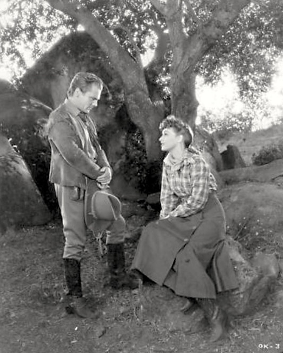Despite Cagney's exuberance, the film retains an authentic atmosphere that makes the film feel genuine and not some glossy Hollywood version of history.