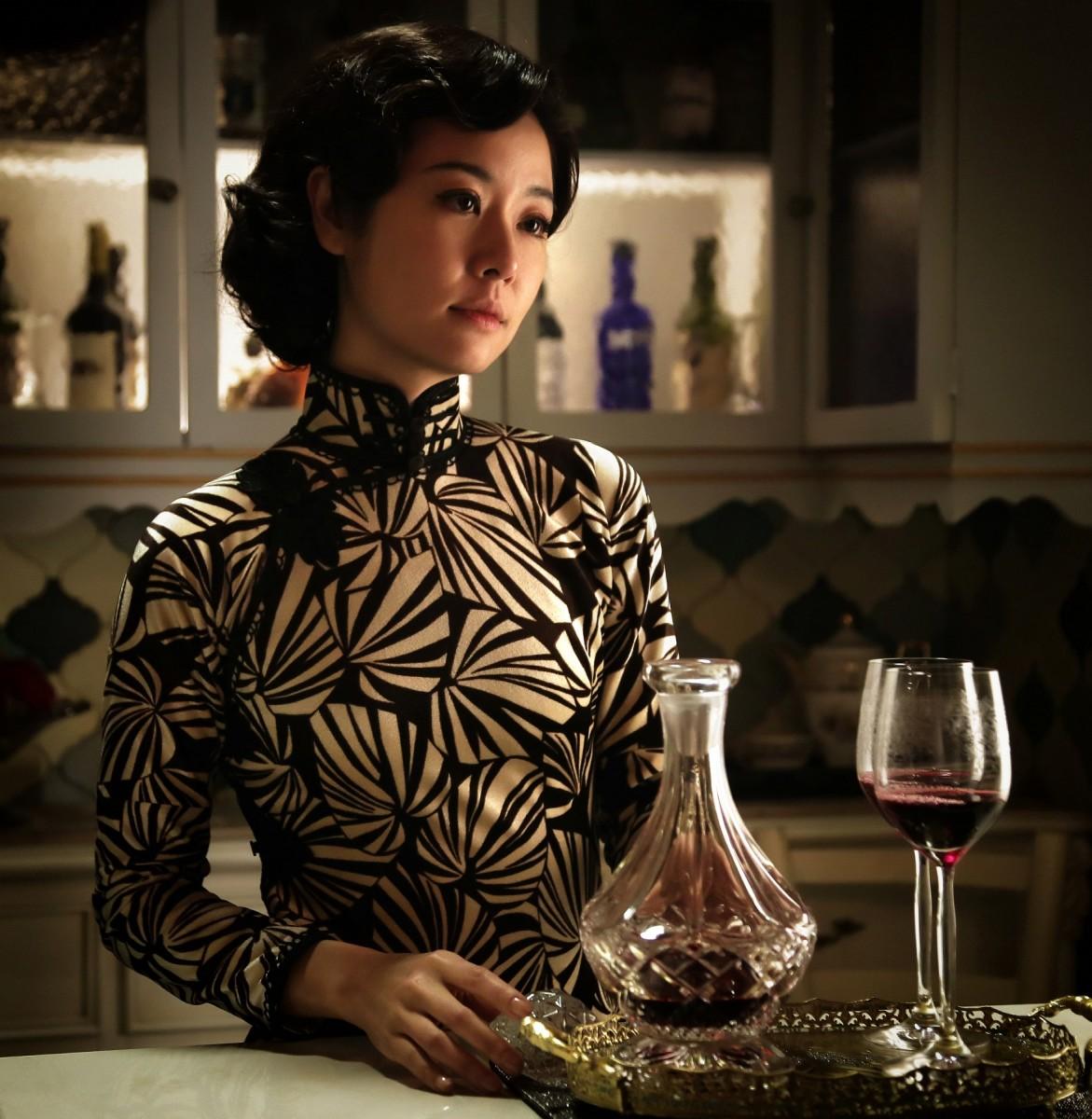 "Ruby Lin as Meng Si Fan in ""Phantom of the Theatre."""