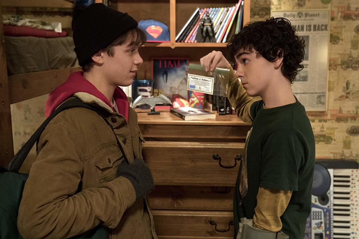 Asher Angel (Billy) on left. Jack Dylan Grazer (Freddy) on right.