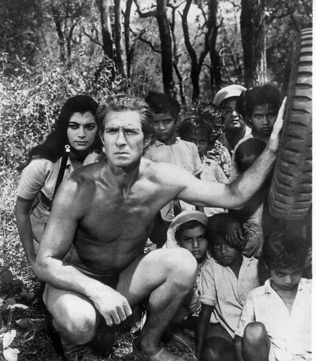 Tarzan Goes to India publicity still