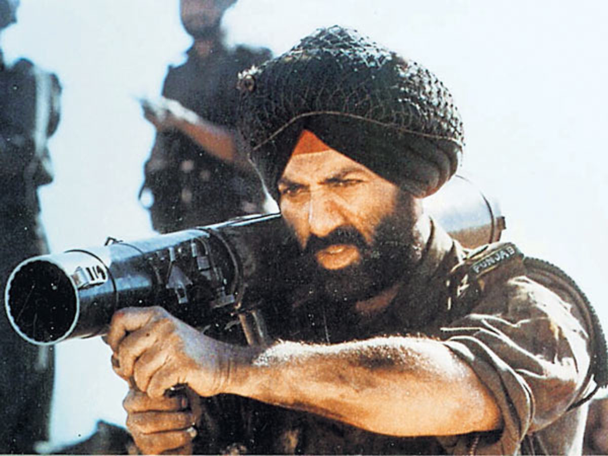 Sunny played the lead which was based on the 1971 Indo-Pak war.