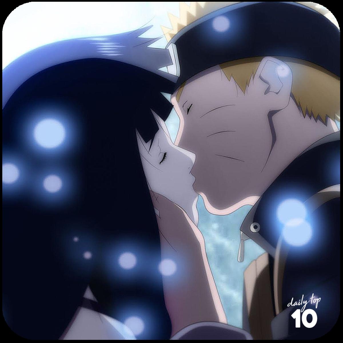 Naruto and Hinata kissing