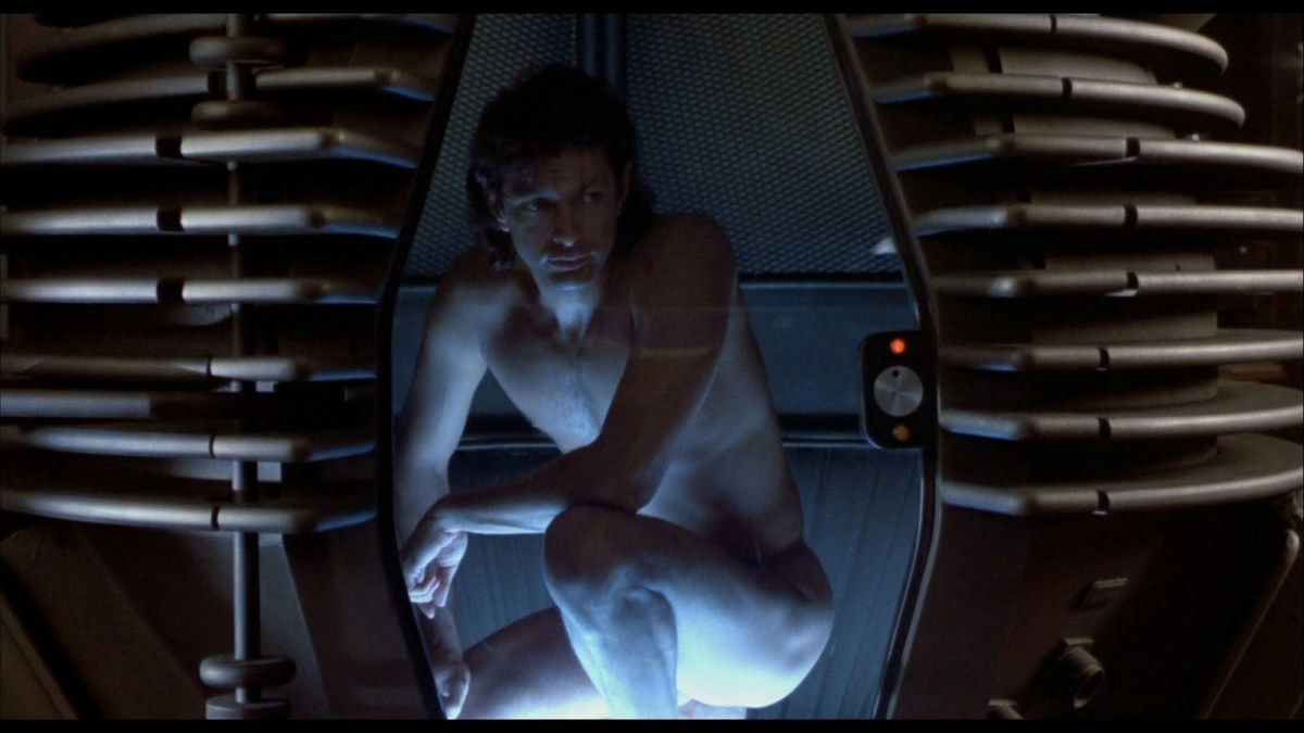 Seth Brundle (Goldblum) in the tele-pod