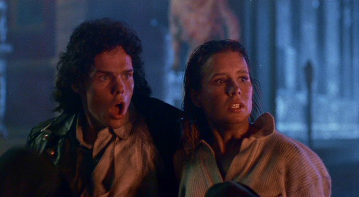 Brian (Kevin Dillon) and Meg (Shawnee Smith)