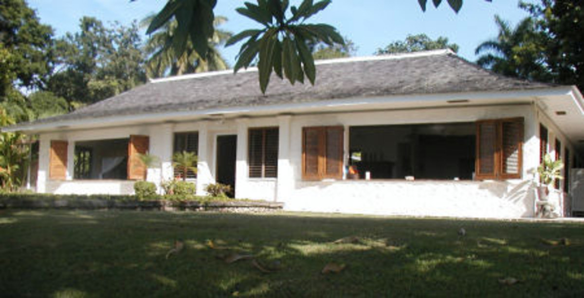 Fleming's Beachfront holiday home in Jamaica