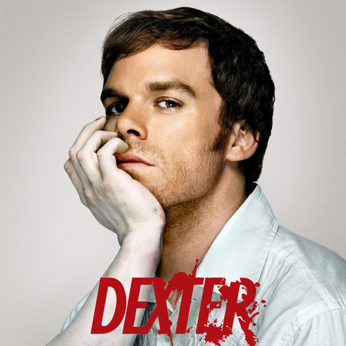 Dexter's first season is derived from the novel Darkly Dreaming Dexter, the first of the Dexter series of novels by Jeff Lindsay.