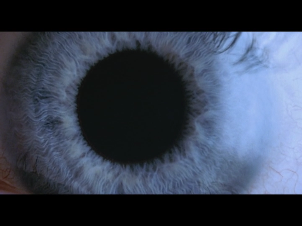 Heche's eye as it fully dilates.