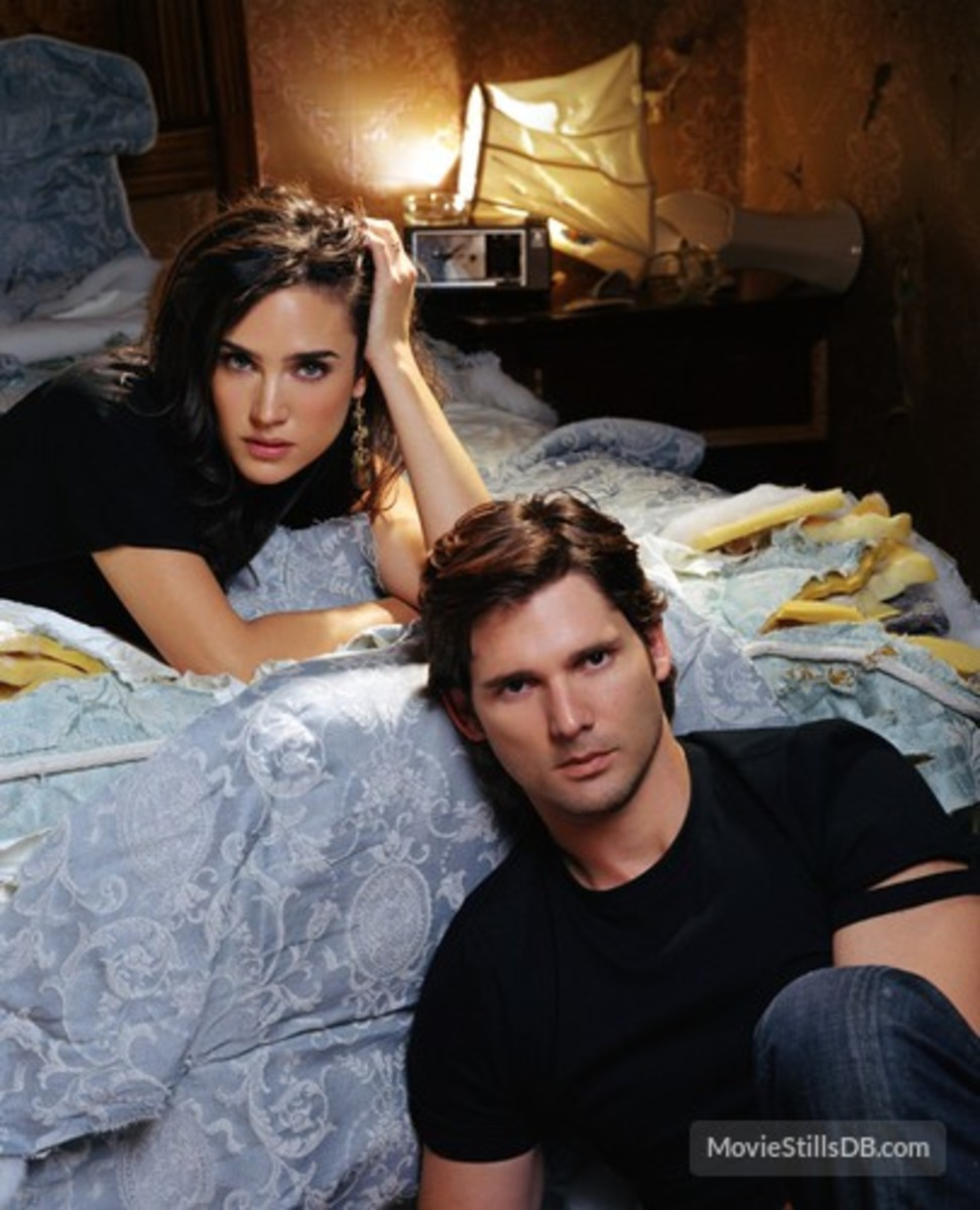 Promo shot for the film with Jennifer Connelly and Eric Bana