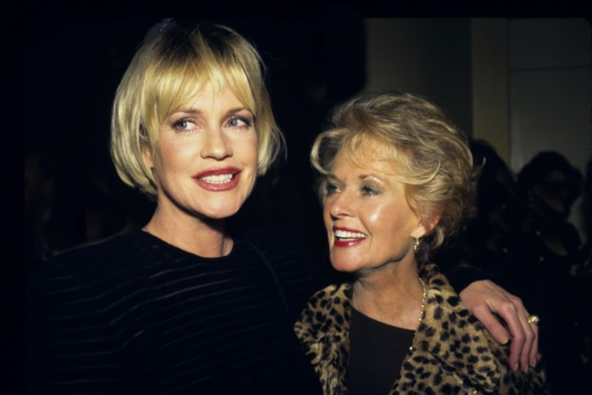 Melanie Griffith with Tippi Hedren in 2010