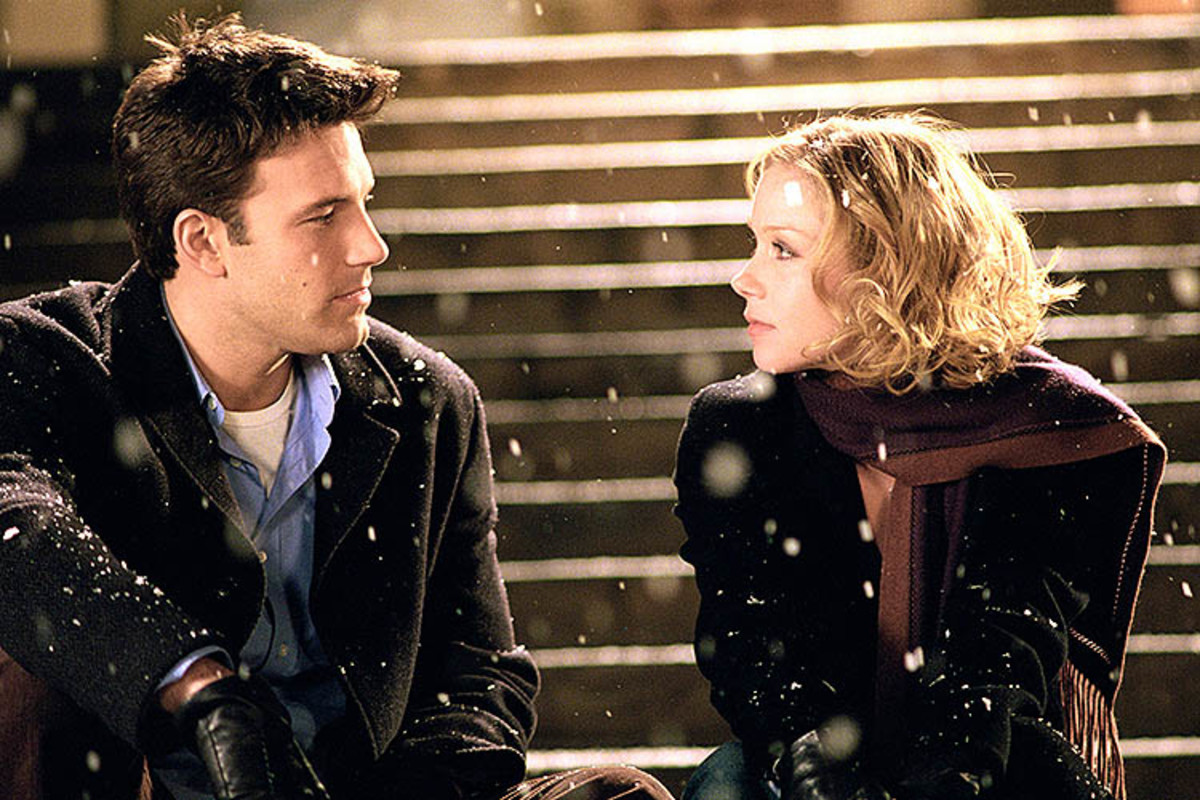 Surviving Christmas (2004) is really about surviving Ben Affleck and Christina Applegate's pairing.