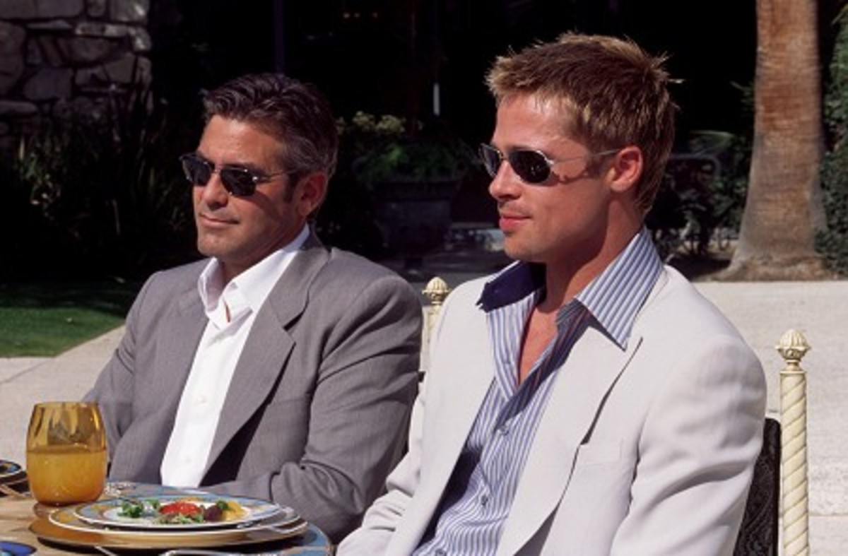 Clooney (left) and Pitt lead an all-star cast in this classy heist flick
