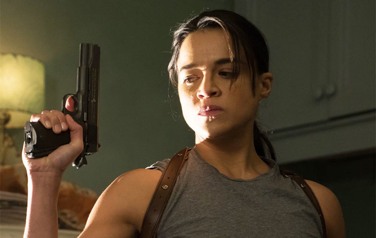 Michelle Rodriguez is easily one of my favorite female action stars.
